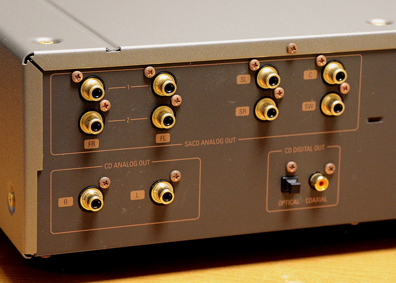 DCD-SA10-3